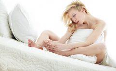汗疱は顔や足や腕にできる?水虫に似たその症状と治し方は?