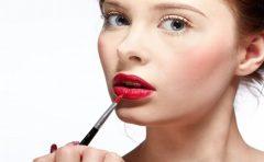 口唇ヘルペスの原因はストレス?症状と治し方に予防法とは?
