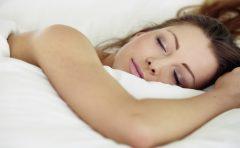 夏に熟睡・快眠するための方法とは?寝室の湿度管理が大切?