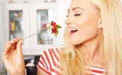 夏野菜ゴーヤーの効能とは?栄養豊富?夏バテ解消に効果抜群?